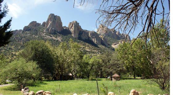 Cliffs overlooking grounds of Cave Creek Ranch