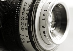 camera lens for adventure photography